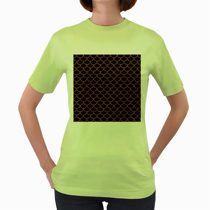 SCALES1 BLACK MARBLE & RUSTED METAL (R) Women s Green T-Shirt