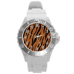 SKIN3 BLACK MARBLE & RUSTED METAL Round Plastic Sport Watch (L)