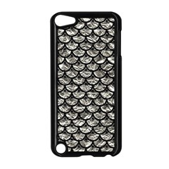 Scales3 Black Marble & Silver Foil Apple Ipod Touch 5 Case (black)