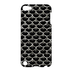 Scales3 Black Marble & Silver Foil (r) Apple Ipod Touch 5 Hardshell Case