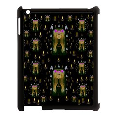 Queen In The Darkest Of Nights Apple Ipad 3/4 Case (black) by pepitasart