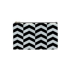 Chevron2 Black Marble & White Linen Cosmetic Bag (small)  by trendistuff