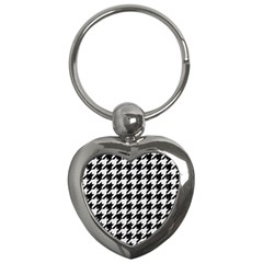 Houndstooth1 Black Marble & White Linen Key Chains (heart)  by trendistuff