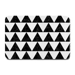 Triangle2 Black Marble & White Linen Plate Mats by trendistuff