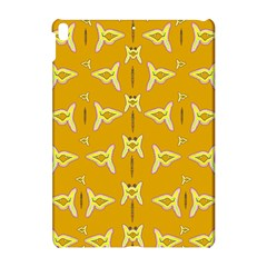 Fishes Talking About Love And   Yellow Stuff Apple Ipad Pro 10 5   Hardshell Case by pepitasart