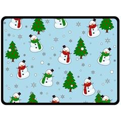 Snowman Pattern Fleece Blanket (large)  by Valentinaart