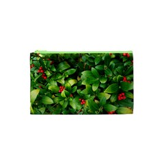 Christmas Season Floral Green Red Skimmia Flower Cosmetic Bag (xs) by yoursparklingshop