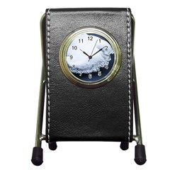 Ice, Snow And Moving Water Pen Holder Desk Clocks by Ucco