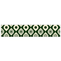Green Ornate Christmas Pattern Small Flano Scarf by patternstudio