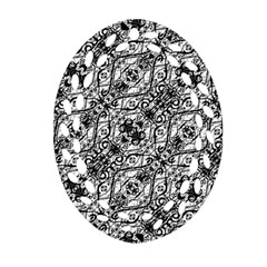 Black And White Ornate Pattern Oval Filigree Ornament (two Sides) by dflcprints