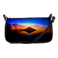 Crater Lake Oregon Mountains Shoulder Clutch Bags