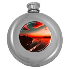 Sunset Dusk Boat Sea Ocean Water Round Hip Flask (5 Oz)