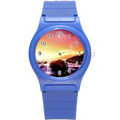 California Sea Ocean Pacific Round Plastic Sport Watch (s)