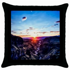 Iceland Landscape Mountains Stream Throw Pillow Case (black)