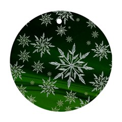 Christmas Star Ice Crystal Green Background Round Ornament (two Sides)