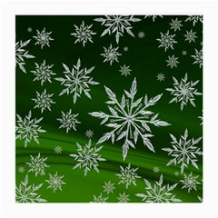Christmas Star Ice Crystal Green Background Medium Glasses Cloth (2 Side) by BangZart