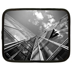 Architecture Skyscraper Netbook Case (xxl)