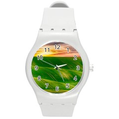 Hills Countryside Sky Rural Round Plastic Sport Watch (m)