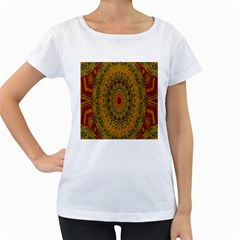 India Mystic Background Ornamental Women s Loose Fit T Shirt (white)