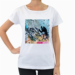 Abstract Structure Background Wax Women s Loose Fit T Shirt (white)