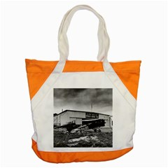 Omaha Airfield Airplain Hangar Accent Tote Bag