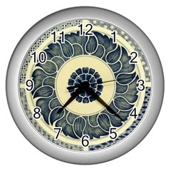 Background Vintage Japanese Wall Clocks (silver)