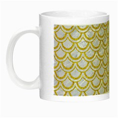 Scales2 White Marble & Yellow Denim (r) Night Luminous Mugs by trendistuff