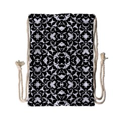 Black And White Geometric Pattern Drawstring Bag (small) by dflcprints