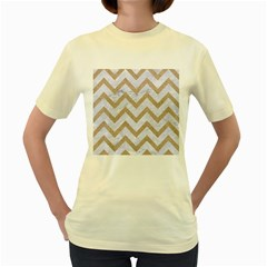 CHEVRON9 WHITE MARBLE & SAND (R) Women s Yellow T-Shirt