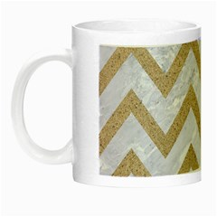 CHEVRON9 WHITE MARBLE & SAND (R) Night Luminous Mugs