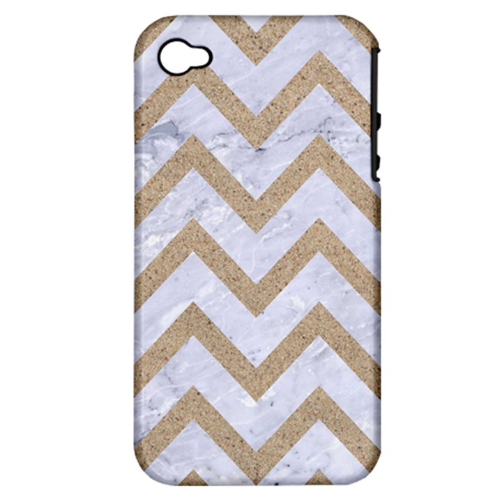 CHEVRON9 WHITE MARBLE & SAND (R) Apple iPhone 4/4S Hardshell Case (PC+Silicone)