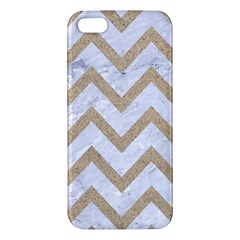 CHEVRON9 WHITE MARBLE & SAND (R) Apple iPhone 5 Premium Hardshell Case