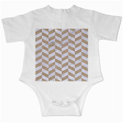 CHEVRON1 WHITE MARBLE & SAND Infant Creepers