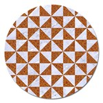TRIANGLE1 WHITE MARBLE & RUSTED METAL Magnet 5  (Round)