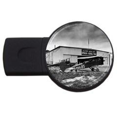 Omaha Airfield Airplain Hangar Usb Flash Drive Round (2 Gb)