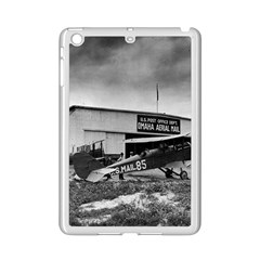 Omaha Airfield Airplain Hangar Ipad Mini 2 Enamel Coated Cases