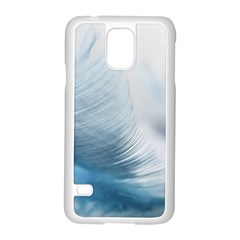 Feather Ease Slightly Blue Airy Samsung Galaxy S5 Case (white)