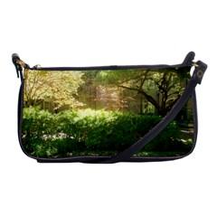 Highland Park 19 Shoulder Clutch Bags