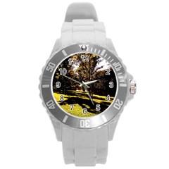Highland Park 17 Round Plastic Sport Watch (l)