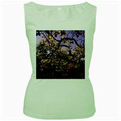 Highland Park 9 Women s Green Tank Top