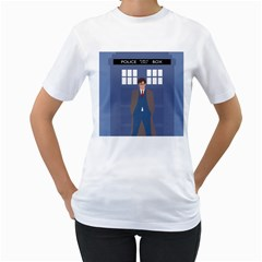 Tenth Doctor And His Tardis Women s T Shirt (white)