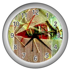 Hidden Strings Of Purity 12 Wall Clocks (silver)