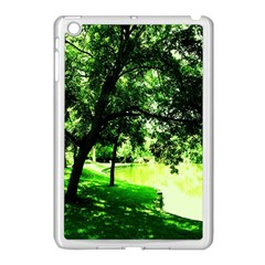 Lake Park 17 Apple Ipad Mini Case (white)