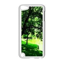 Lake Park 17 Apple Ipod Touch 5 Case (white)