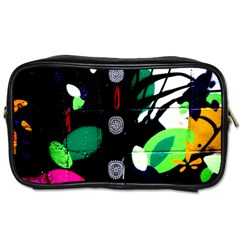 Graffiti On Green And Pink Designs Toiletries Bags