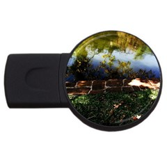 Highland Park 10 Usb Flash Drive Round (2 Gb)