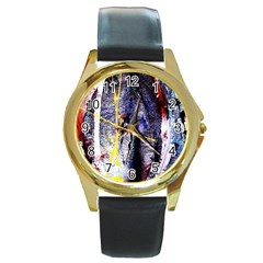 Egg In The Duck   Needle In The Egg 7 Round Gold Metal Watch