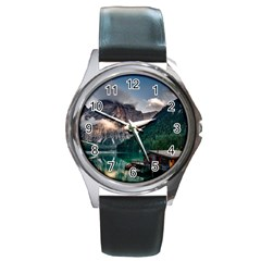 Italy Mountains Pragser Wildsee Round Metal Watch