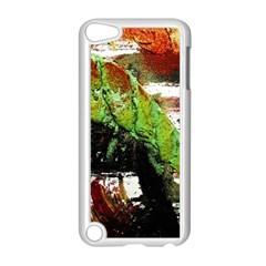Collosium   Swards And Helmets 3 Apple Ipod Touch 5 Case (white)