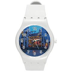 Architecture Modern Building Round Plastic Sport Watch (m)